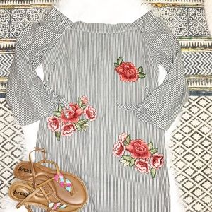 Romeo + Juliet Couture Striped Embroidered Tunic
